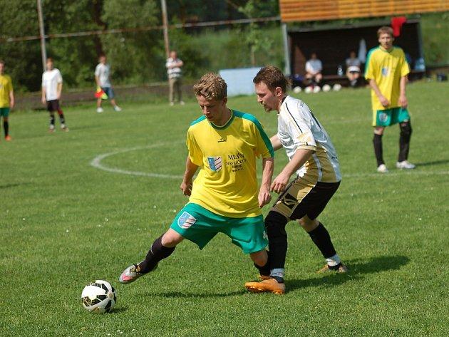 Jen jednu sezonu chyběli fotbalisté Čejova v Poutník lize. Po vítězství ve III. třídě postoupili zpět, sezonu začnou duelem v Kamenici nad Lipou.
