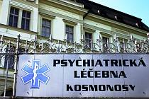 Vychází najevo, že letošní dvě vraždy, ke kterým došlo na Vysočině, mohou mít na svědomí duševně nemocní lidé, podobně jako tomu bylo v případu vražedkyně ze Žďáru nad Sázavou Barbory Orlové.