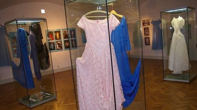 Výstava k 65. výročí založení Tylexu na zámku v Kamenici nad Lipou.