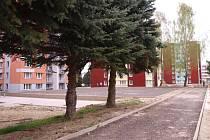 Obyvatelé humpoleckého sídliště Na Rybníčku na dokončení prací stále ještě čekají.