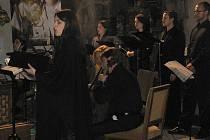 Do posledního místečka byl v pátek večer zaplněný klášter v Želivě. V rámci kulturního léta slyšeli diváci vrcholné představení světové sopranistky Hany Blažíkové.