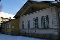 Dnešní sídlo Základní umělecké škole v Počátkách už nevyhovuje.
