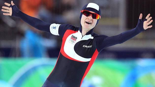Už třetí olympijskou medaili vybojovala na dráze Richmond Olympic Oval rychlobruslařka Martina Sáblíková. Už ve svých 22 letech se tak žďárská rychlobruslařka pasovala do role nejúspěšnější české sportovkyně od dob legendární gymnastky Věry Čáslavské.