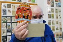 Přes čtyři tisíce pohlednic s tématikou Velikonoc a svátků jara je právě teď vystaveno v prostorách Muzejního spolku v Pohořelicích na Brněnsku.