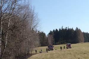 Jedním případem za všechny je nedávný požár mýtiny a nízkého lesa v katastru obce Útěchovičky. Požár na ploše 100 x 100 metrů  hasily tři jednotky hasičů.