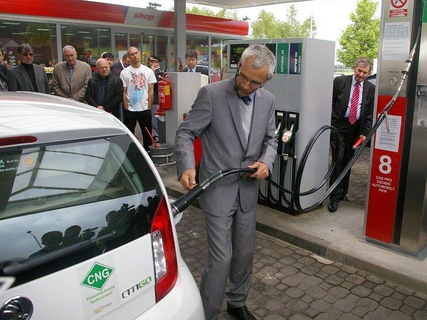 Čerpací stanice u Vystrkova na dálnici D1 mohou řidiči natankovat CNG.
