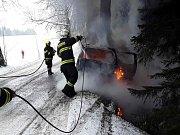Při nehodě se zranili dva lidé.