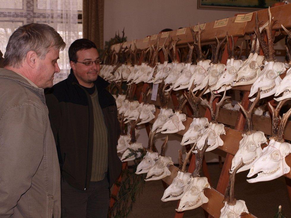 Výstava trofejí Okresního mysliveckého spolku Pelhřimov.