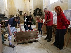Rekonstrukce kaple v Kámeni.