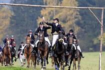 Sobota v Proseči pod Křemešníkem patřila tradiční Hubertově jízdě. Na start se letos postavilo padesát pět koní.