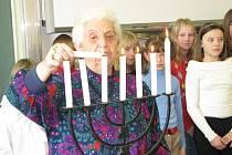 Novocerekvická svíce za umučené židy