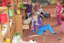 Vnitřní prostory mateřské školy jsou stále díky příjemné výzdobě pěkné a pozitivní.