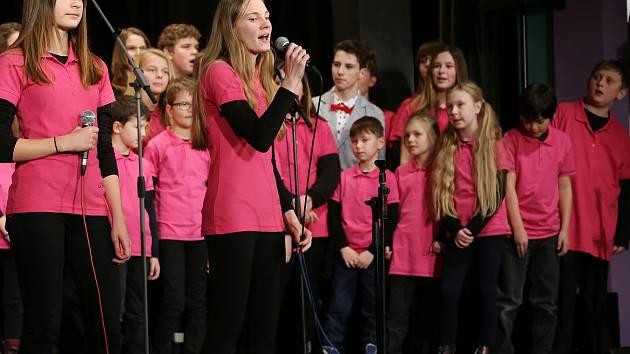 Vánoční koncert ZUŠ Kamenice nad Lipou.
