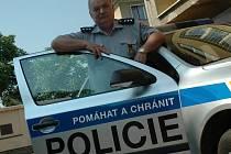 Antonín Kratochvíl je u policie již jednačtyřicet let. Je tak nejstarším sloužícím policistou v celé republice.