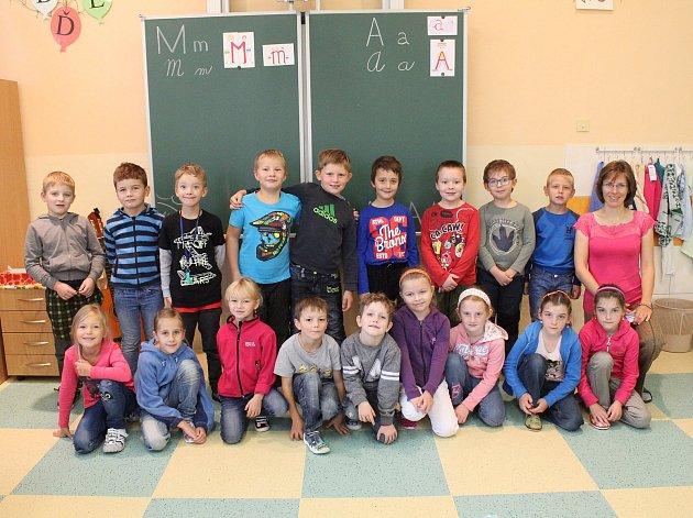 Na fotografii jsou žáci ze ZŠ Počátky, třída 1.Apaní učitelky Evy BroukalovéPříště představíme prvňáčky ze ZŠ Rynárec