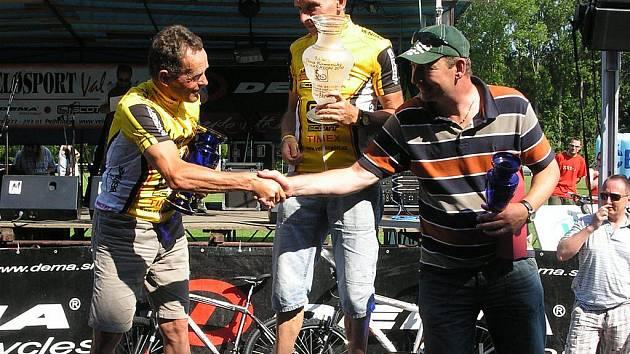 Stejně jako v nedávném závodu v Kamenici nad Lipou byli jezdci pelhřimovského Velosport Valenta Scott Teamu vidět na stupních vítězů.