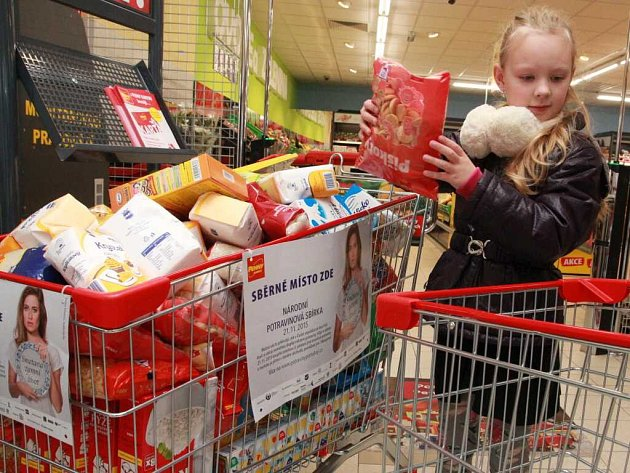 Mezi nakupujícími v pelhřimovském Penny Marketu štědří dárci nechyběli.