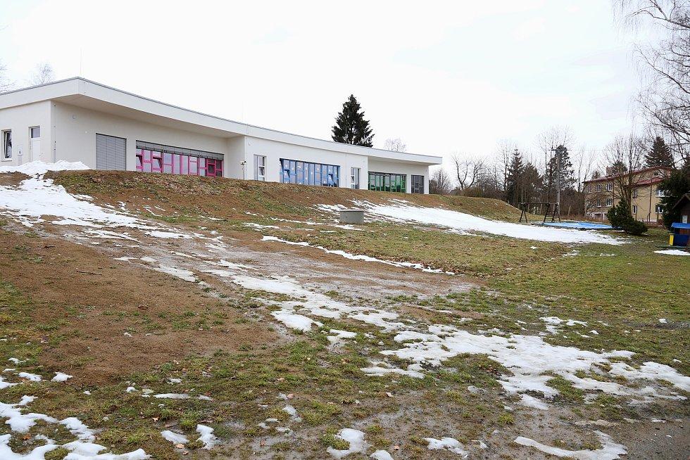Nový Rychnov. Nová budova mateřské školy