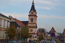 Lešení přistavené u Evangelického kostela v Humpolci už je nyní minulostí.