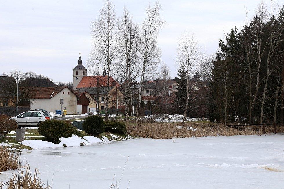 Nový Rychnov. Městský rybník