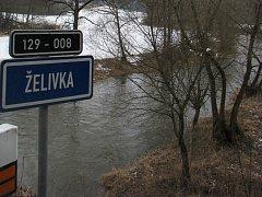 Jakmile začne přepadat voda ze Sedlické hráze notně posílí Želivku, která odvádí vodu do vodní nádrže Vřesník. Hladina řeky se tím zvýší a mohou hrozit lokální záplavy v oblasti mezi Želivem a Vřesníkem.
