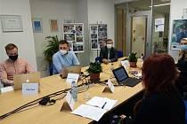 Každoroční setkání dobrovolníků s veřejností a odborníky z různých oblastí se letos uskutečnilo zejména v online formě.