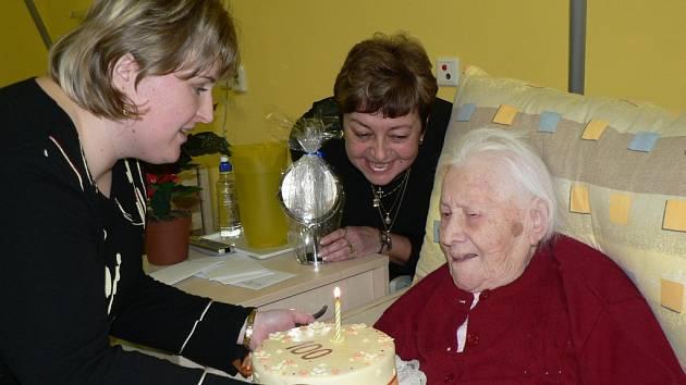Marie Procházková oslavila sté narozeniny.