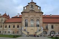 Jedním z pozemků, který by nakonec mohl zůstat obci, je i nádvoří želivského kláštera.