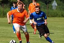 Fotbalisté Ústrašína mohli v posledním kole hrát v klidu, postup už měli v kapse. Rezervu Lukavce ale nešetřili, nastříleli jí devět gólů.