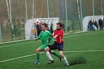 Šest gólů a remízu viděli fanoušci fotbalu v Kamenici. Bod si z hřiště Slovanu odvezl Bedřichov.