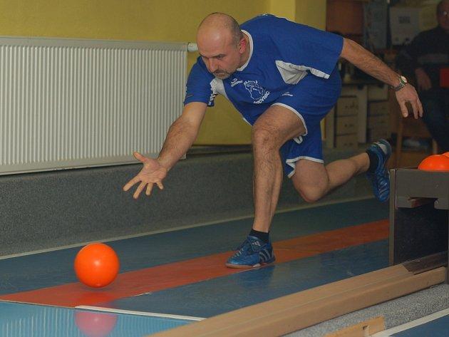 Libor Kočovský nervózní konce zápasů zvládá. Potvrdil to i tentokrát, Beťákovi se dostal na kobylku hodně rychle.