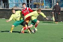 Fotbalisté Jiřic předváděli v základní skupině Bernard Cupu skvělé výkony. Po krachu v utkání proti Horní Cerekvi ale o šanci vyhrát turnaj přišli, o víkendu je čeká jen zápas o třetí příčku.