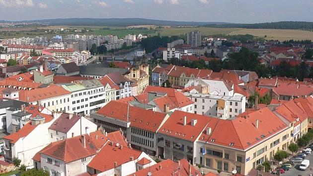 Výhled z věže píseckého kostela.
