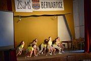 Školní akademie v Bernarticích.