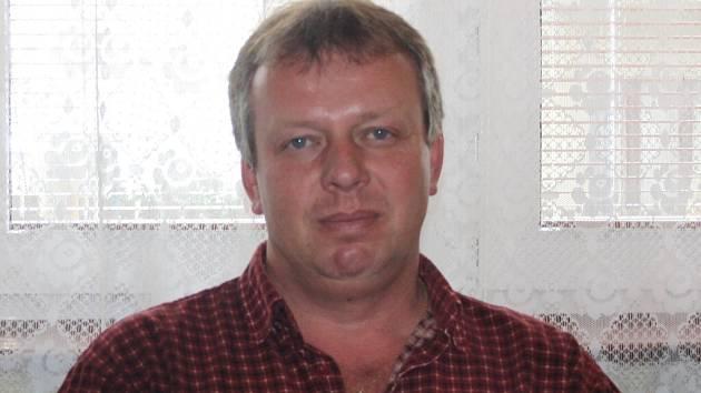 Starosta Smetanovy Lhoty Slavomír Harbáček.