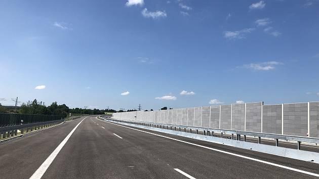 Ilustrační foto, nově otevřená dálnice.