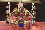 Výstava korun Karla IV. v Prácheňském muzeu.