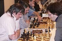 V dalším utkání druhé šachové ligy zvítězilo družstvo ŠACHklubu Písek nad ŠK Český Krumlov 4,5:3,5  a  udělalo tak důležitý krok za záchranou v soutěži.