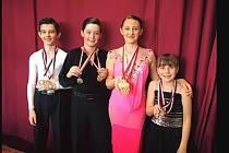 Na snímku jsou zleva Ríša Ivanov, Ondra Křišťál, Barča Vašková a Victorka Lidová.