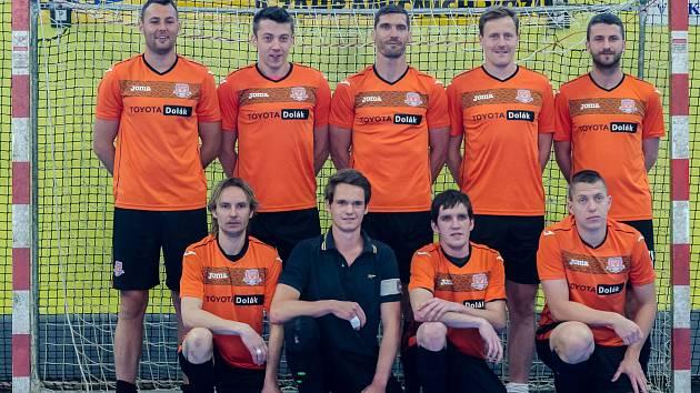Vítězové futsalové okresní soutěže: 1. FC Davis/Unbroken B.