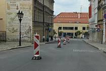 Chelčického ulice v Písku je jednosměrně uzavřena.