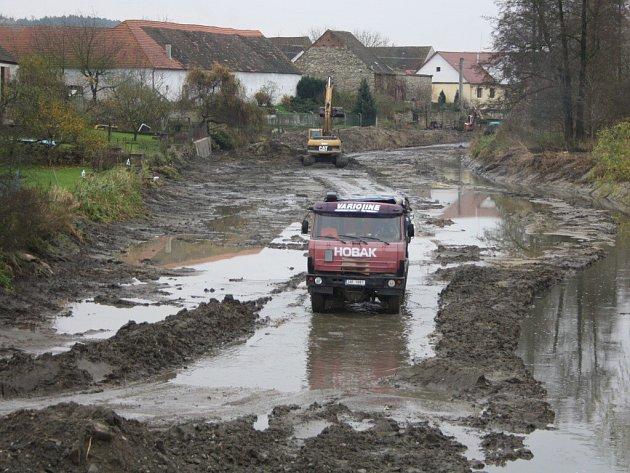Nákladní vozidla jsou v těchto dnech v Putimi a okolí na denním pořádku.
