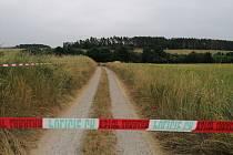 U Jickovic na Písecku spadlo v neděli 20. června letadlo. Jeden muž při pádu zemřel, druhý byl těžce zraněný a záchranáři ho transportovali do nemocnice v Praze