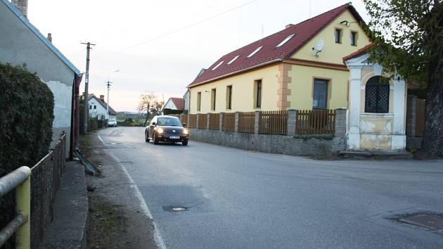 Příjezd do Sepekova od Milevska.