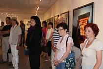 Výstava Za hranicí ráje Jana Pohribného v Prácheňském muzeu v Písku.