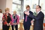 Ministr zdravotnictví Adam Vojtěch při návštěvě písecké nemocnice.