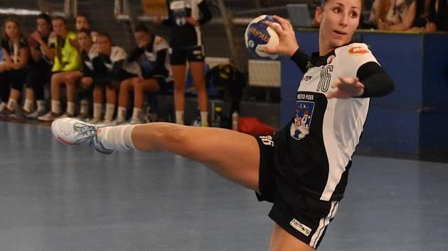OPORA. Nicola Palasová patří v úvodu soutěže ke klíčovým hráčkám Písku.
