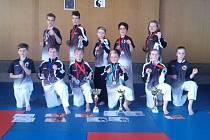 Mladí karatisté z SKP karate Písek.