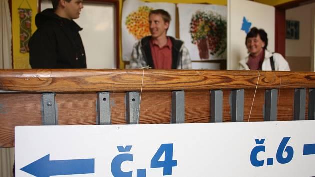 Volby na sídlišti Jih v Písku.