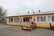 Volební místnost v Nerestcích.